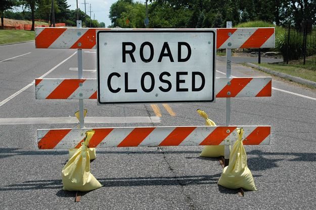 Ladue Road Closed